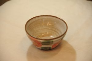 彩り花紋飯椀(内側)