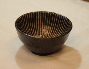 梅十草飯椀(茶・内側)