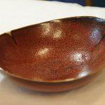 赤黒釉ダ円鉢