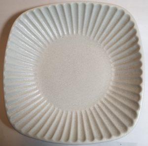 トチリ角鉢(白)